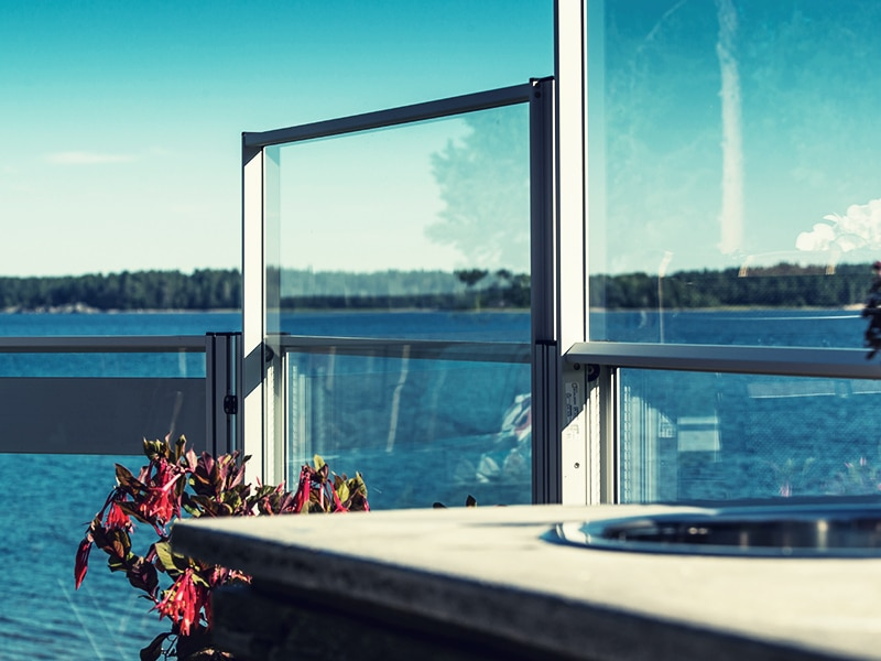 verschiebbare Windschutzfenster für die Terasse der Gastronomie